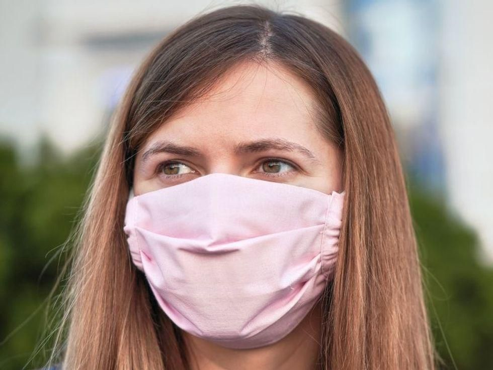 News Picture: That Face Mask Is Helping to Shield You From Allergens, Too