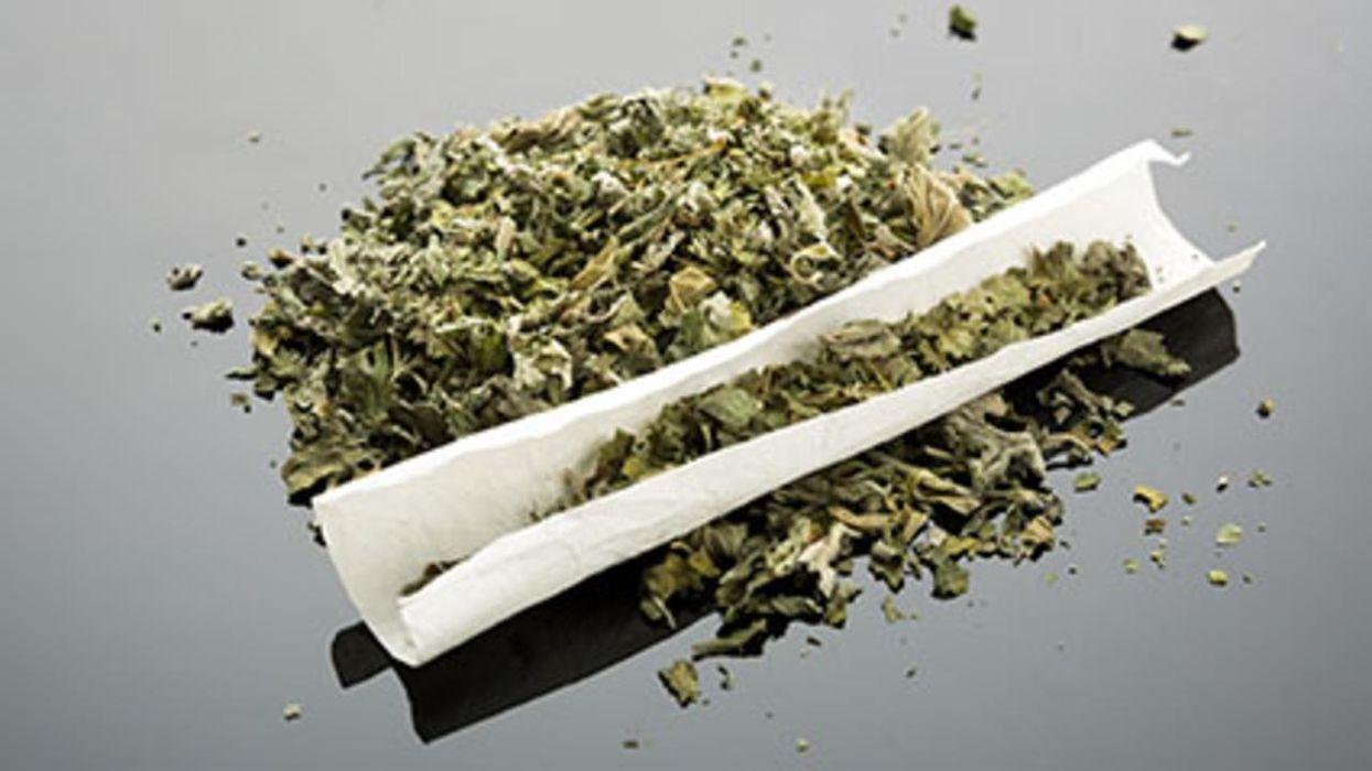 Según un estudio, los niños expuestos al humo de segunda mano de la marihuana contraen más resfriados y gripe