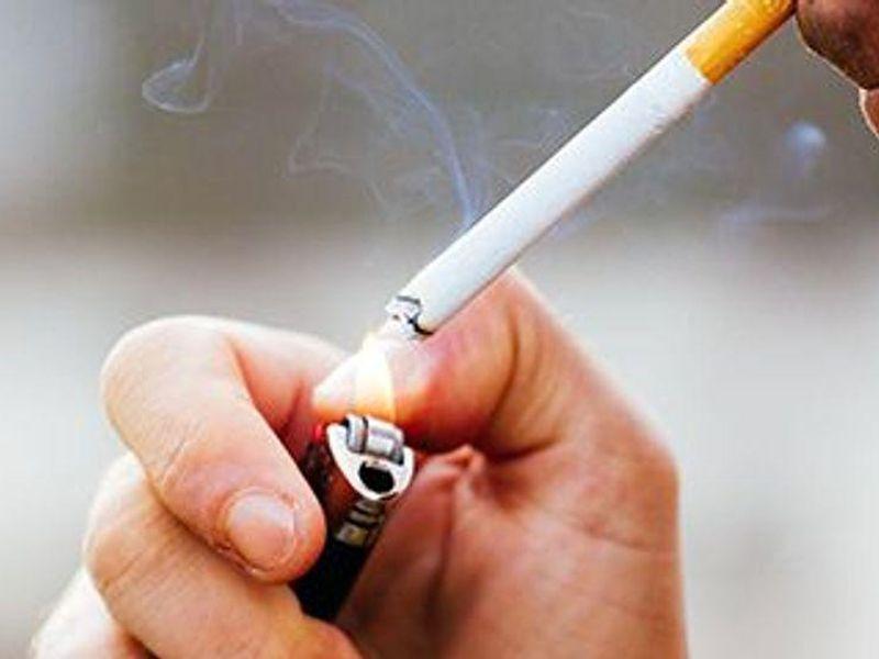 Brain 'Zap' Treatment Might Curb Smoking