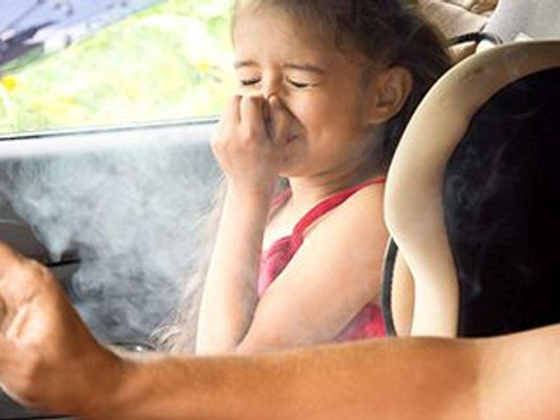 Kids Who Grew Up With Smokers Have Higher Odds for Rheumatoid Arthritis