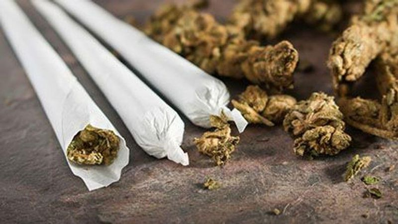 News Picture: More Women Turning to Marijuana Products to Help With Menopause