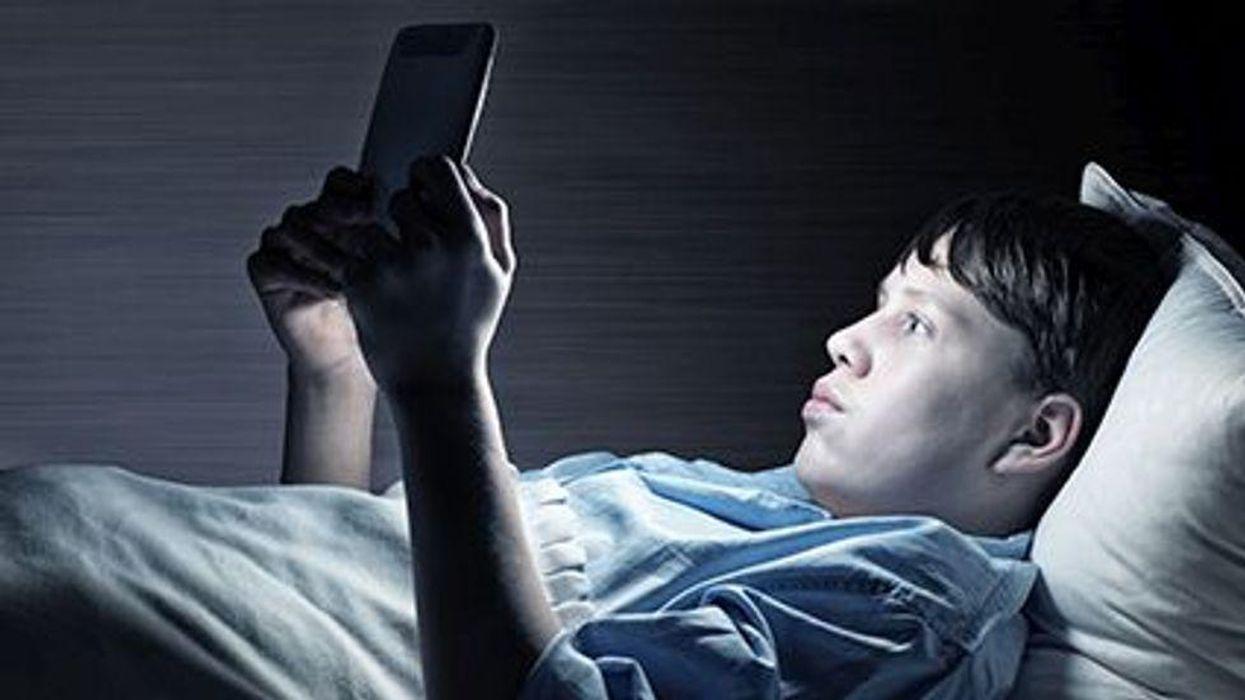 gadgets and kids\' sleep
