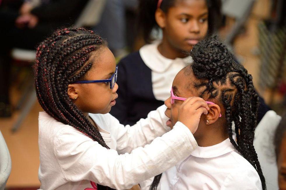 News Picture: Getting Kids Eyeglasses Boosts School Grades: Study