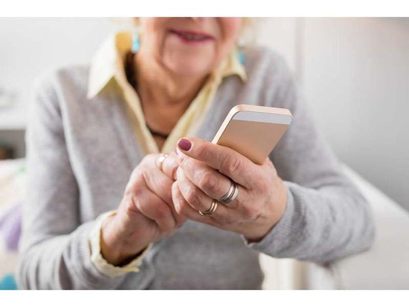 News Picture: Smartphone Apps May Aid in Heart Attack Recovery
