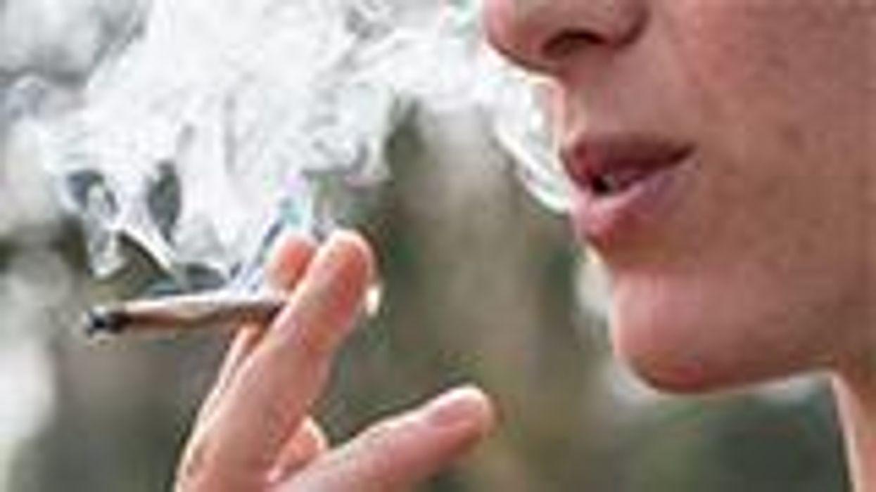 Casi la mitad de los pacientes con cáncer de mama usan marihuana, según una encuesta nueva