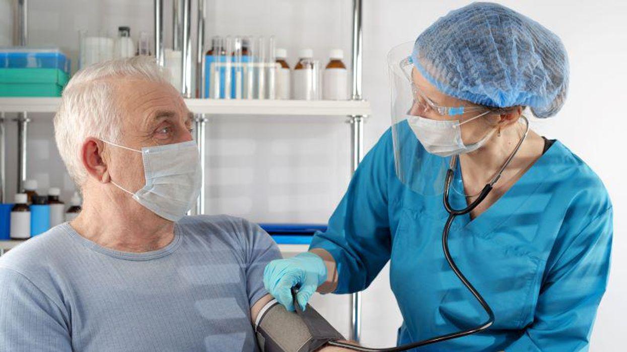emergency patient doctor