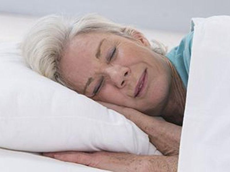 Right Amount of Sleep May Be Important in Early Alzheimer's